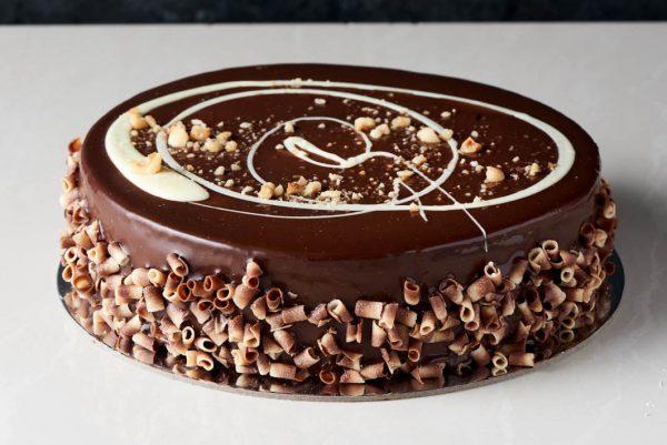 کیک شکلاتی ترافلی