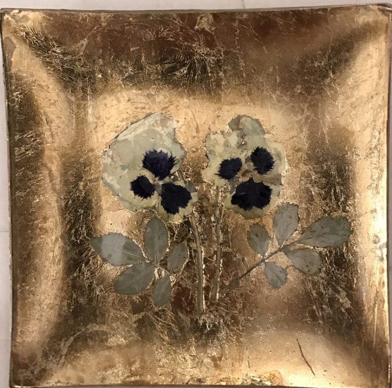 Natural Violets Plate,decorative plate